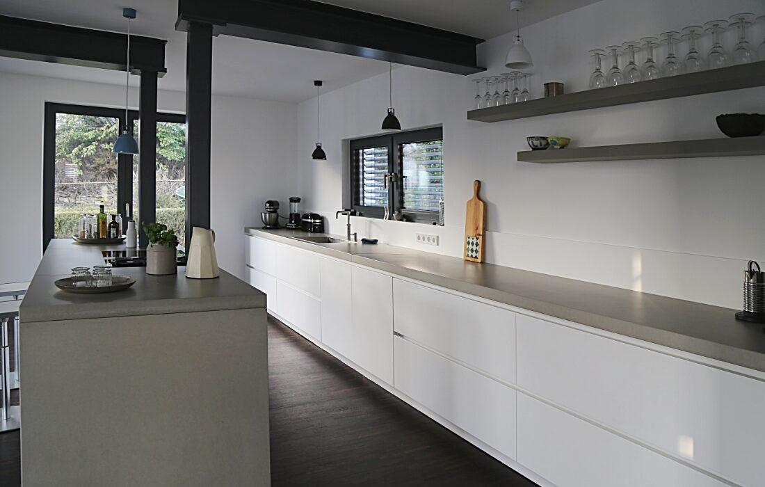 Beton Küchenarbeitsplatte von Oggi-Beton